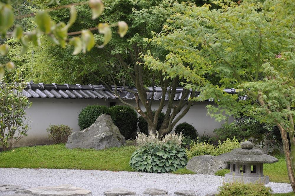 japanischer garten beschnitt garden blog. Black Bedroom Furniture Sets. Home Design Ideas