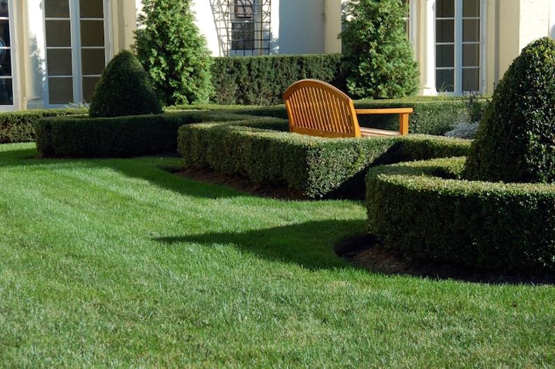 hecken und mauern f r den garten garden blog. Black Bedroom Furniture Sets. Home Design Ideas